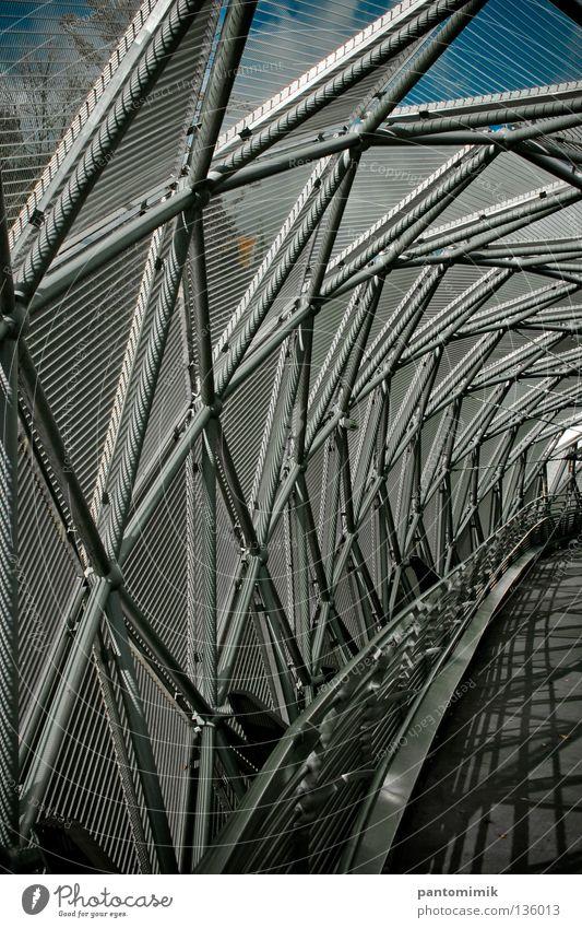 Bridge Graz Tunnel Brücke Detailaufnahme grid path bridge spiral construction shell
