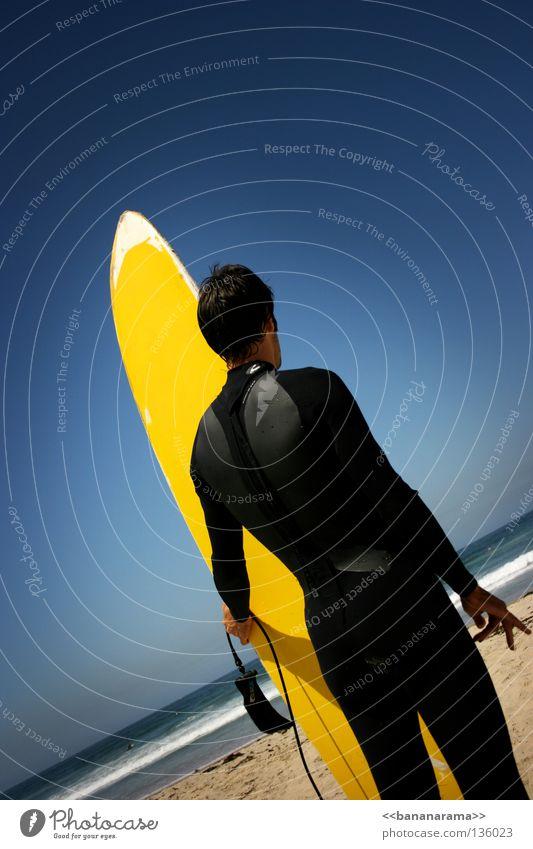 Da draussen Mann Himmel Wasser Sommer Strand Meer gelb Wellen Surfen Holzbrett Surfer Wassersport Funsport Surfbrett San Diego County