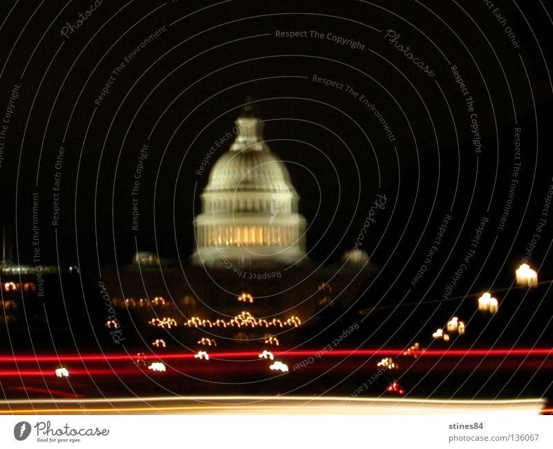 Capitol Freiheit Architektur Gebäude elegant Ausflug Verkehr Geschwindigkeit USA Denkmal Wahrzeichen Stadtzentrum Sehenswürdigkeit Sightseeing Hauptstadt