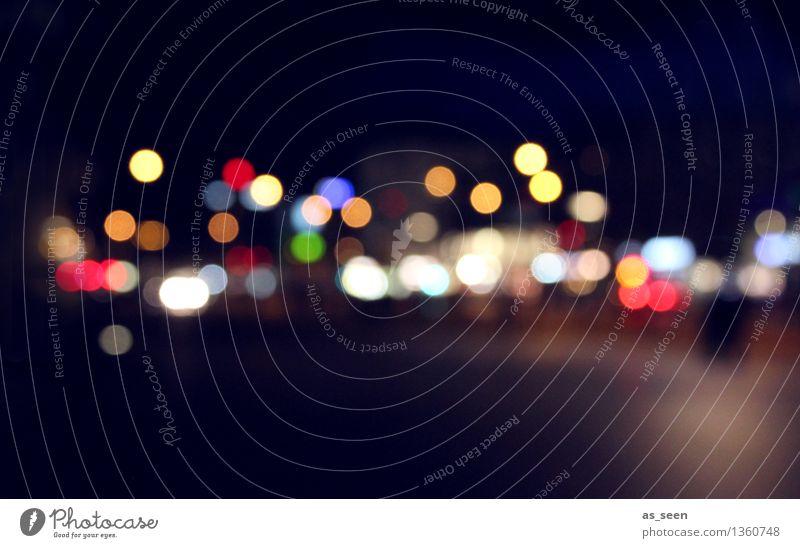 Citylights Stadt Weihnachten & Advent Farbe Umwelt Straße Gefühle Bewegung Stil Lifestyle Feste & Feiern Stimmung Design glänzend leuchten Verkehr modern
