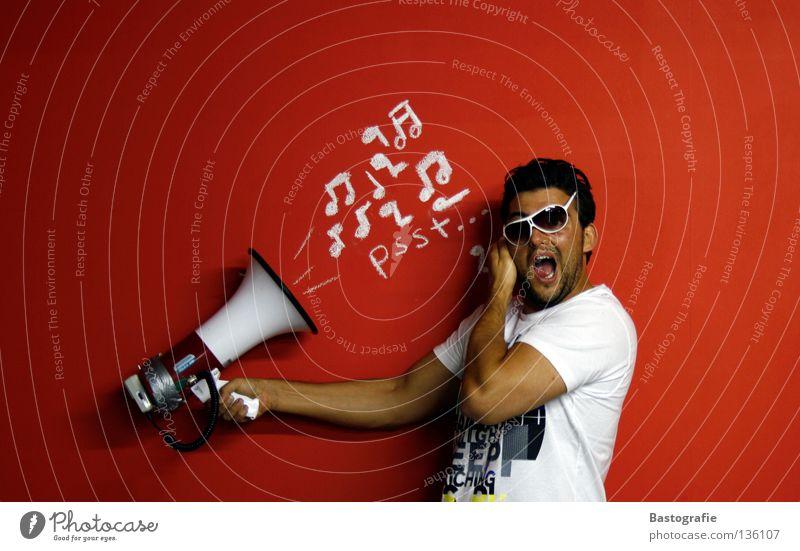 lauter+++ schreien Wand rot ruhig Krach Lied Straßenkunst Ehrlichkeit Megaphon aufdrehen Brille Sonnenbrille hören Typographie Takt gestikulieren