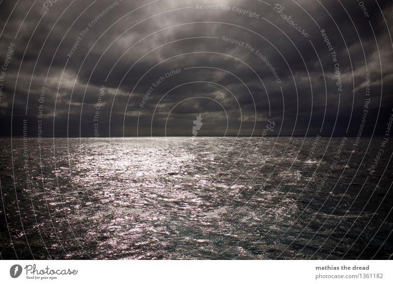 LAND IN SICHT Umwelt Natur Himmel Wolken Horizont Wetter schlechtes Wetter Berge u. Gebirge Wellen Küste Insel Mallorca bedrohlich dunkel gigantisch