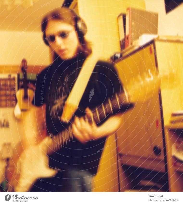 it's only rock 'n' roll Mensch Musik Gitarre langhaarig Musikinstrument