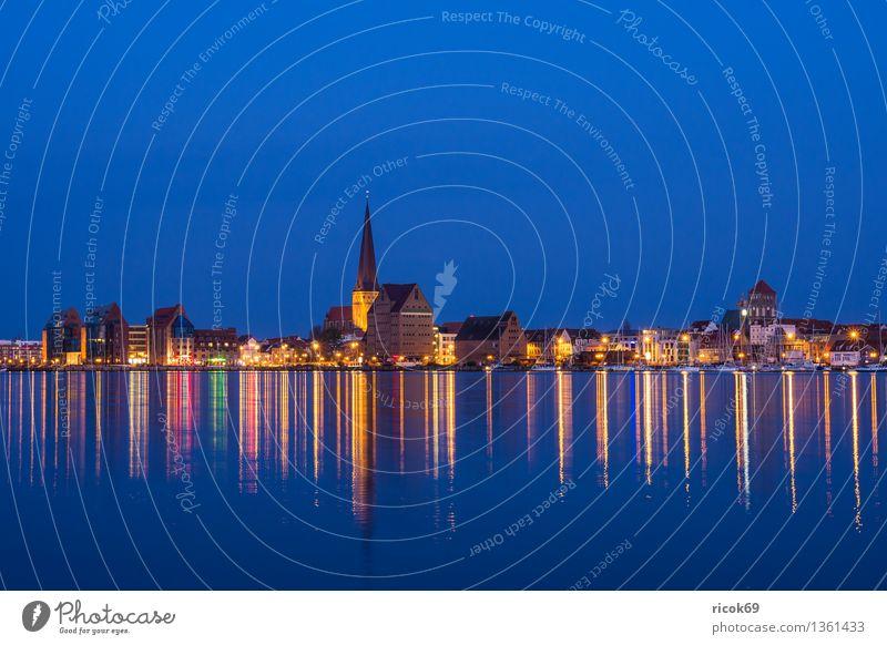 Rostock Natur Ferien & Urlaub & Reisen Stadt blau Wasser Landschaft Wolken Haus Architektur Küste Gebäude Wasserfahrzeug Tourismus Idylle Aussicht Fluss