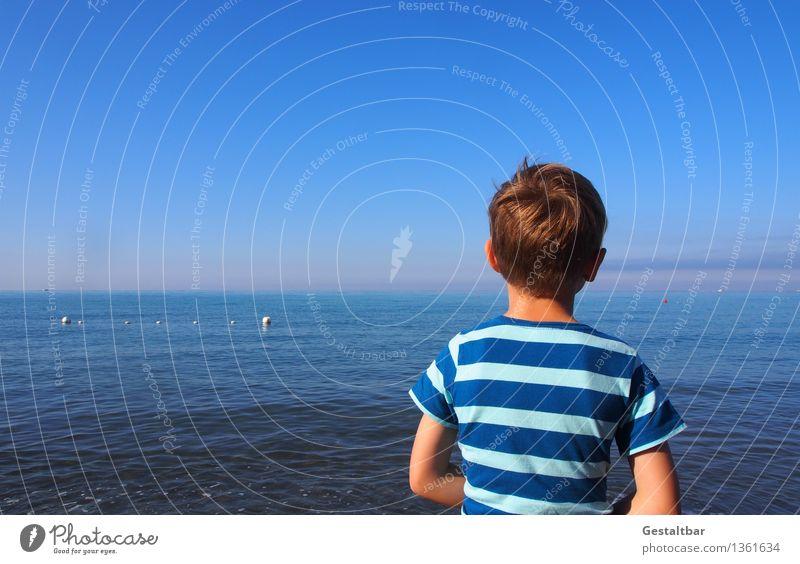 Urlaubsgrüße aus Italien Mensch Kind Himmel Natur blau Sommer Wasser Meer Landschaft Erholung Küste Junge Haare & Frisuren Kopf maskulin träumen