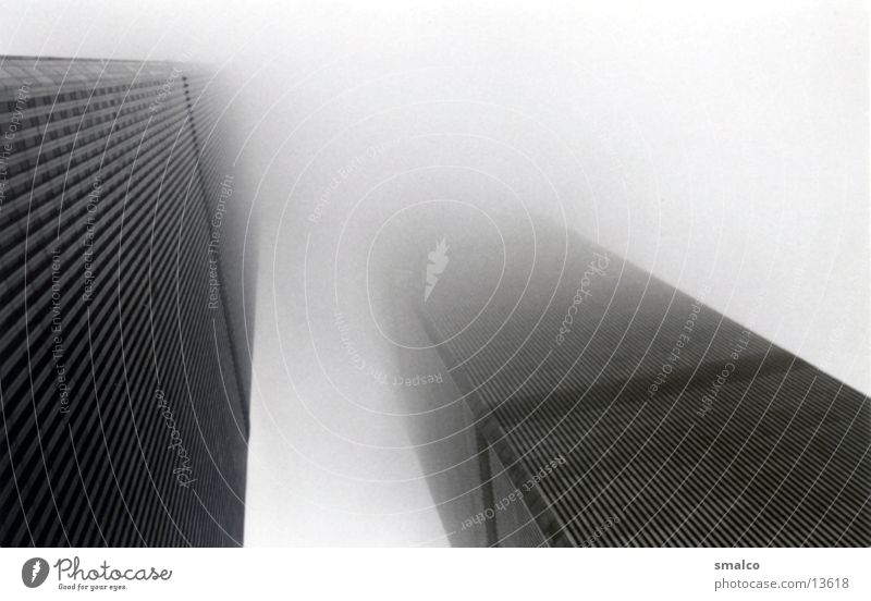 WTC im mist New York City World Trade Center Architektur Nebel