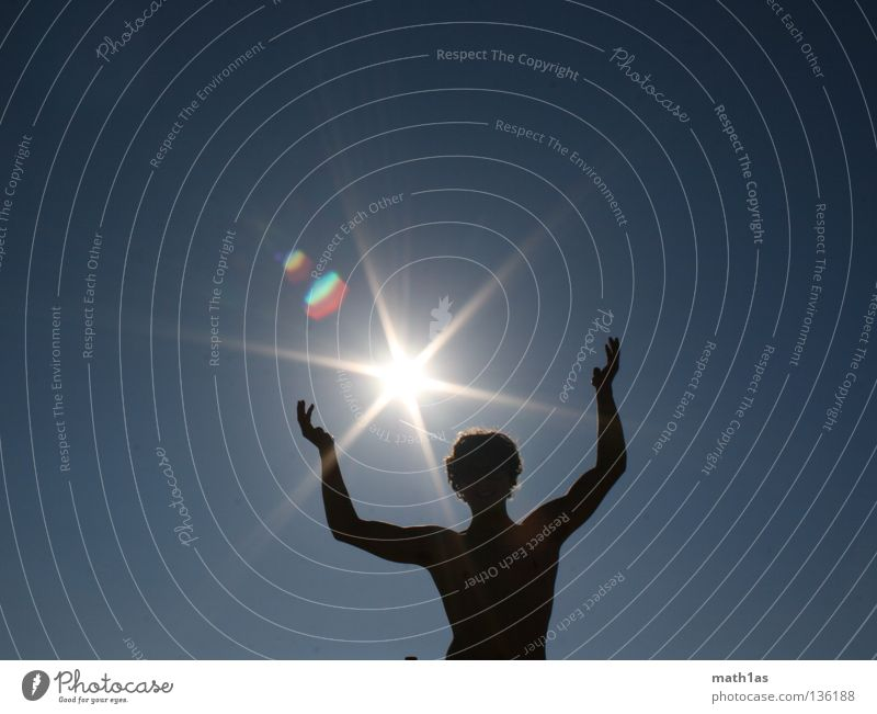 Sonnenanbeter Mann Sonne blau Sommer Beleuchtung maskulin Stern (Symbol) Muskulatur