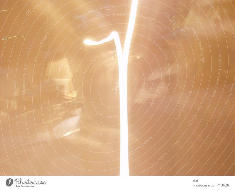 Langzeitbelichtung Raum Gelbstich Licht