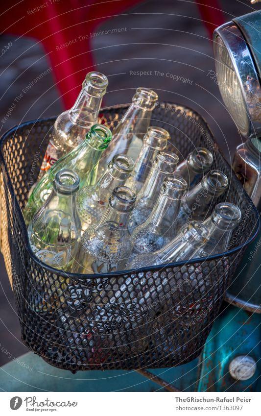 Flaschenpost Fischerdorf blau rot schwarz silber türkis weiß Flaschenhals Glasflasche Altglas Korb Güterverkehr & Logistik Kleinmotorrad Recycling leer Licht