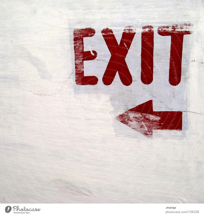 EXIT weiß rot Wege & Pfade Angst Schilder & Markierungen Schriftzeichen Symbole & Metaphern Buchstaben Pfeil Richtung Hinweisschild Flucht Wort Panik