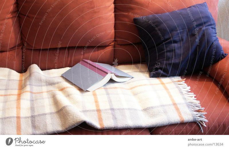 kuschel-ecke Sofa Buch Kissen Häusliches Leben Decke Wolldecke