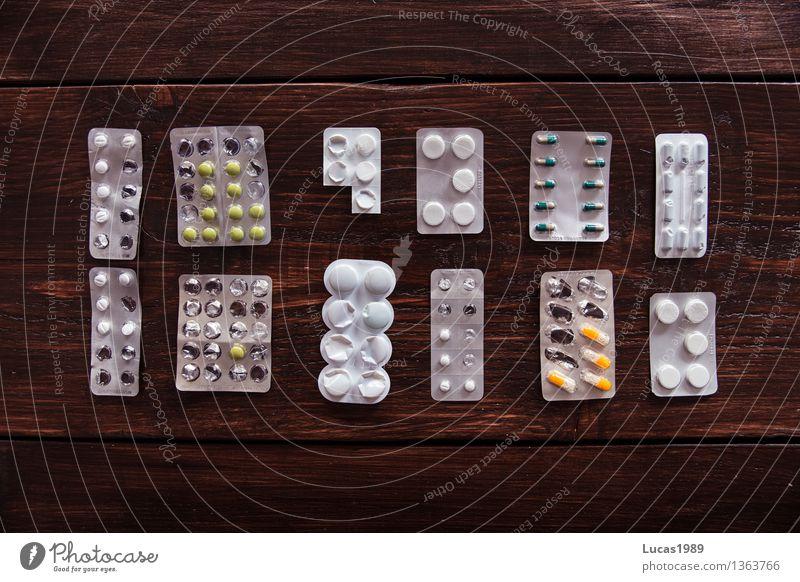 Ordnung muss sein - Super Still Life Gesundheit Gesundheitswesen Behandlung Alternativmedizin Krankenpflege Krankheit Allergie Holztisch Medikament Tablette