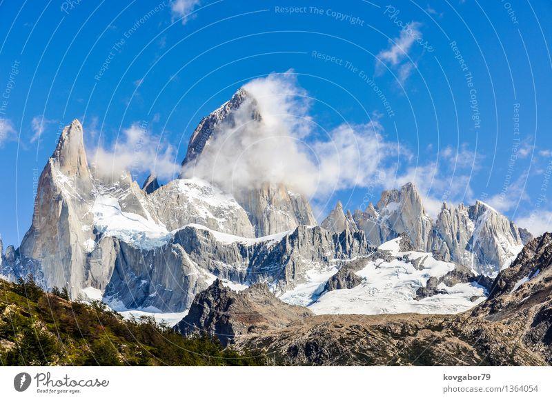 Fitz Roy Peak, El Chalten, Patagonien, Argentinien Schnee Berge u. Gebirge wandern Klettern Bergsteigen Natur Landschaft Himmel Park Felsen Gletscher See blau