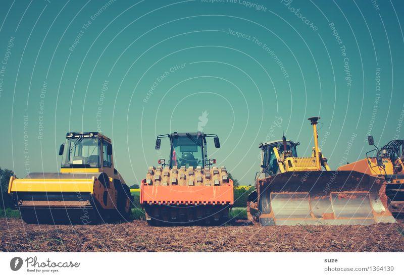 Tausche Arbeitsplatz gegen Haus am Meer Baumaschine Baustelle Walze Arbeit & Erwerbstätigkeit Industrie Industriefotografie Mittelstand Feierabend