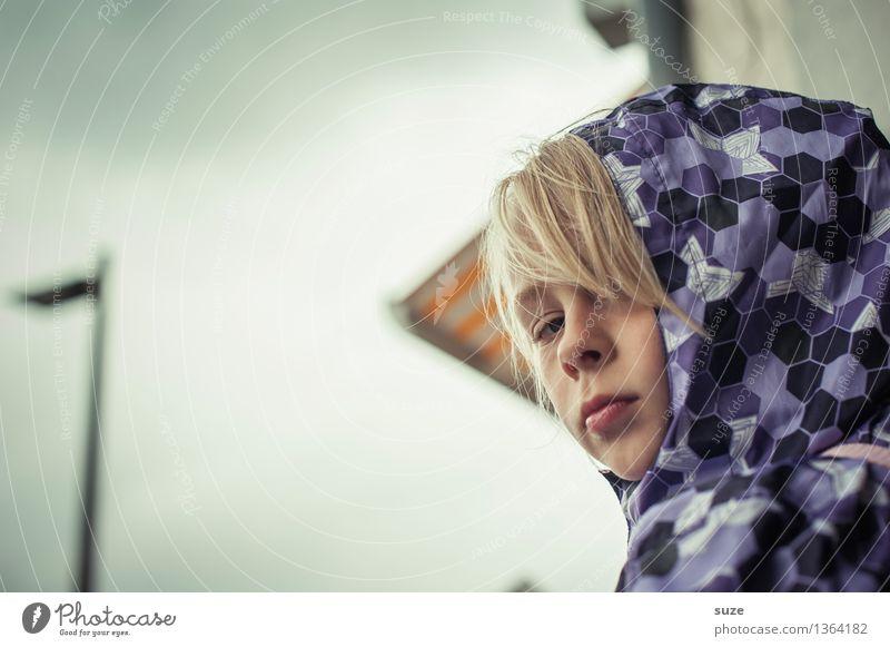 Stimmung wie`s Wetter Mensch Kind Mädchen Gesicht Traurigkeit Herbst Haare & Frisuren Lifestyle Kopf Mode Regen Freizeit & Hobby blond Kindheit