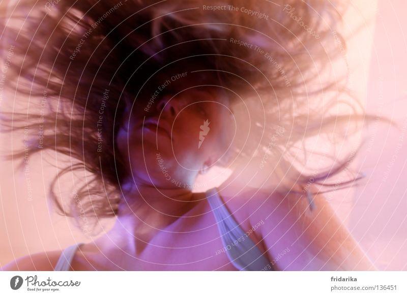 verhaart Haare & Frisuren Gesicht Party Tanzen Feste & Feiern Frau Erwachsene Kopf Ohr Nase Mund blond Locken fantastisch verrückt braun rosa chaotisch Kinn