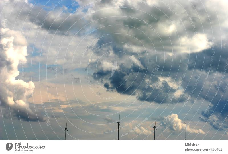 ________Y_____Y___Y___Y Himmel weiß blau Wolken Ferne dunkel hell Wetter Windkraftanlage azurblau