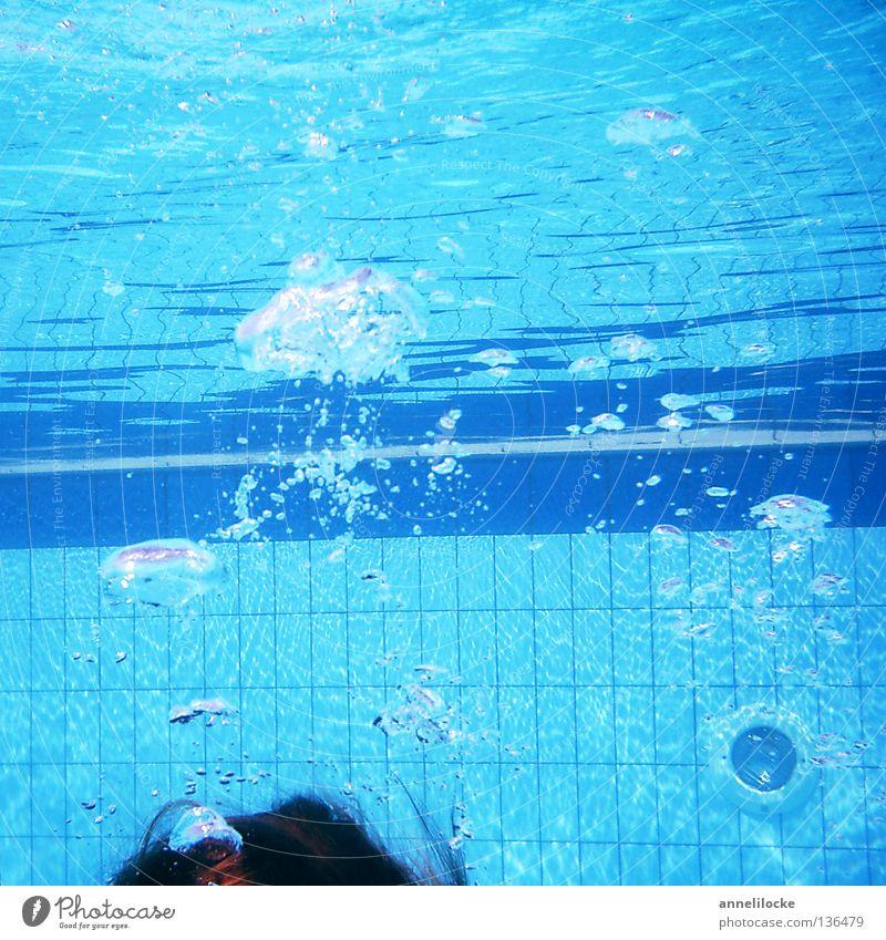 land unter Freude Haare & Frisuren Wellness Schwimmen & Baden Ferien & Urlaub & Reisen Tourismus Sommer Wassersport tauchen Schwimmbad Luft atmen nass blau