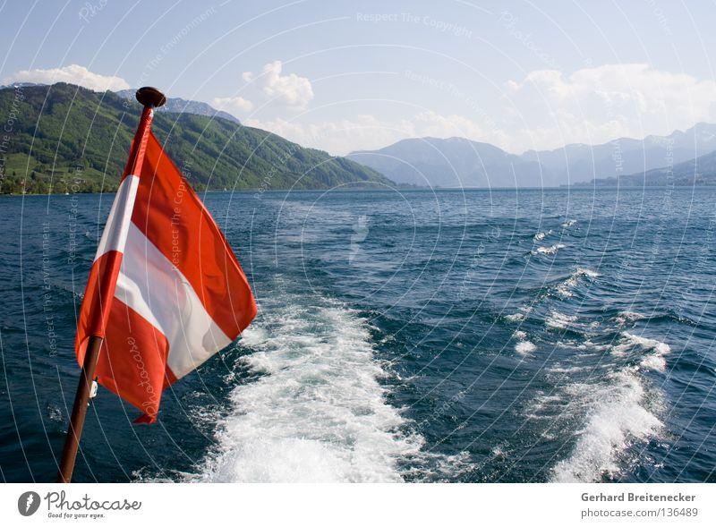 Sprottenlosigkeit 2 Österreich Fahne weiß rot-weiß-rot See Attersee Schifffahrt Wasserfahrzeug Bootsfahrt Bundesland Oberösterreich Sommer