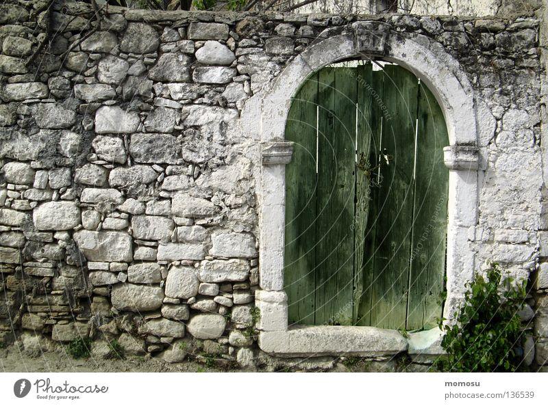 Kretisches Tor alt Haus Stein Mauer verfallen Toskana Kreta Crete
