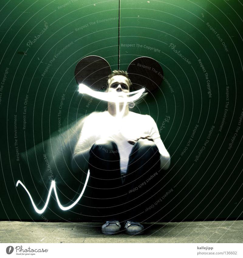 ... maus Mensch Mann Freude Tier Bewegung lachen Beleuchtung lustig sitzen Ohr Maske obskur grinsen Maus Comic Schwanz