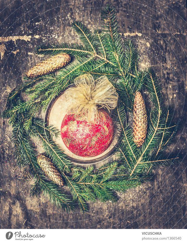 Vintage Weihnachtskugel Tannenzweigen und Zapfen Stil Feste & Feiern Weihnachten & Advent Design Tradition Weihnachtsbaum Weihnachtsdekoration