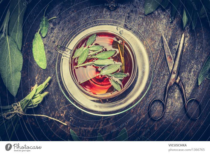 Kräutertee mit Salbei Gesunde Ernährung Erholung Leben Stil Design Wohnung Häusliches Leben Tisch Kräuter & Gewürze Getränk Duft Tee Tasse Teller Alternativmedizin Sinnesorgane