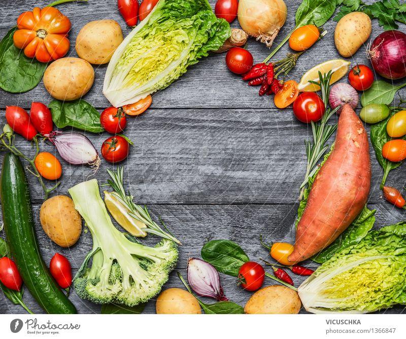 Auswahl von buntes Bio-Bauernhof Gemüse Natur Gesunde Ernährung Leben Stil Hintergrundbild Garten Lebensmittel Design Tisch Bioprodukte Abendessen