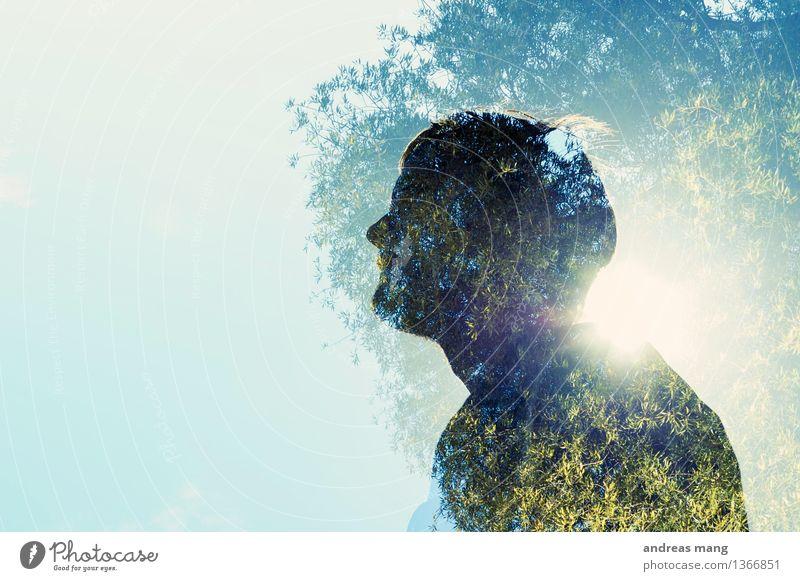 #306 / Baummensch Mensch Jugendliche blau Junger Mann 18-30 Jahre Erwachsene Umwelt Leben natürlich außergewöhnlich träumen maskulin Wachstum leuchten Erfolg