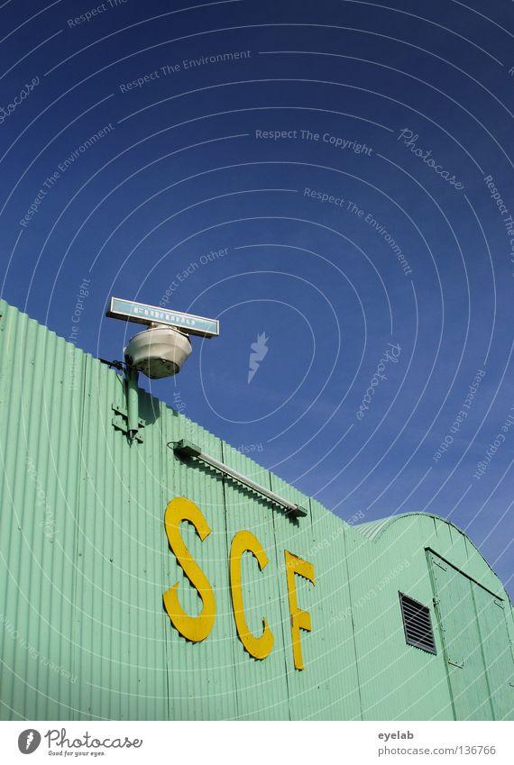 SCF is watching you ! V.1.2 türkis Wellblech Radarstation gelb Lampe Neonlicht Neonlampe Wolken Sicherheit Typographie Elektrizität Elektrisches Gerät