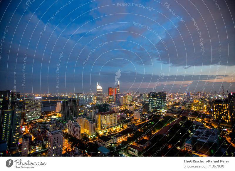 Stadt, Land, Fluss Stadtzentrum Haus blau gelb gold grau schwarz weiß Leben Saigon Licht Nachtleben Hochhaus Skyline Wolken Sonnenuntergang Himmel Farbfoto
