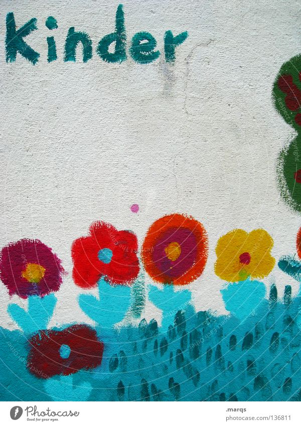 Kindergarten Kind blau weiß rot Blume gelb Wand Graffiti Garten Kindheit Schriftzeichen Buchstaben streichen türkis Kindergarten Politik & Staat