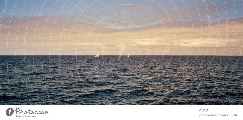 Die See Meer Strand Segeln Wasserfahrzeug Wolken Sonne Abend