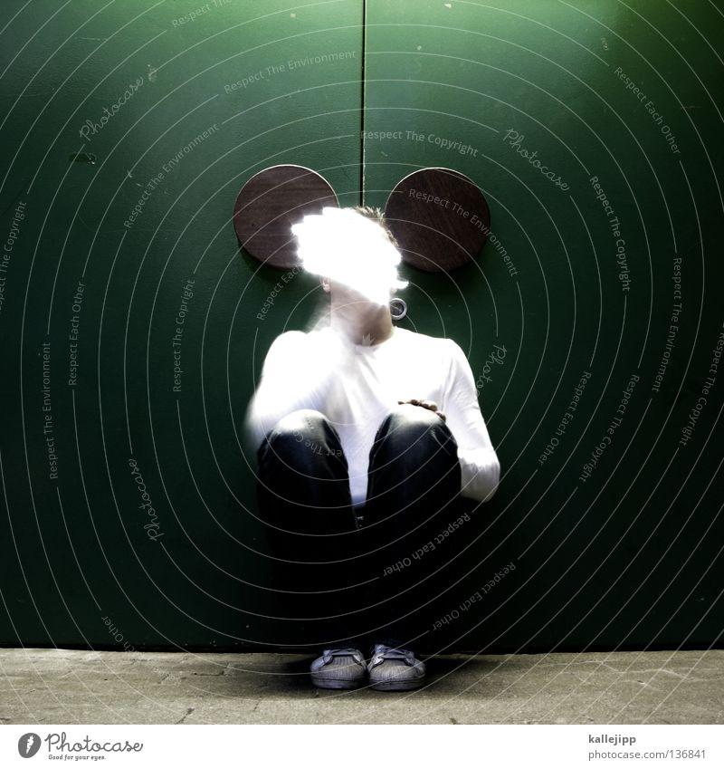 aus die maus Mensch Mann Freude Tier Bewegung Beleuchtung lustig sitzen Ohr Maske obskur grinsen Maus Comic Schwanz Humor