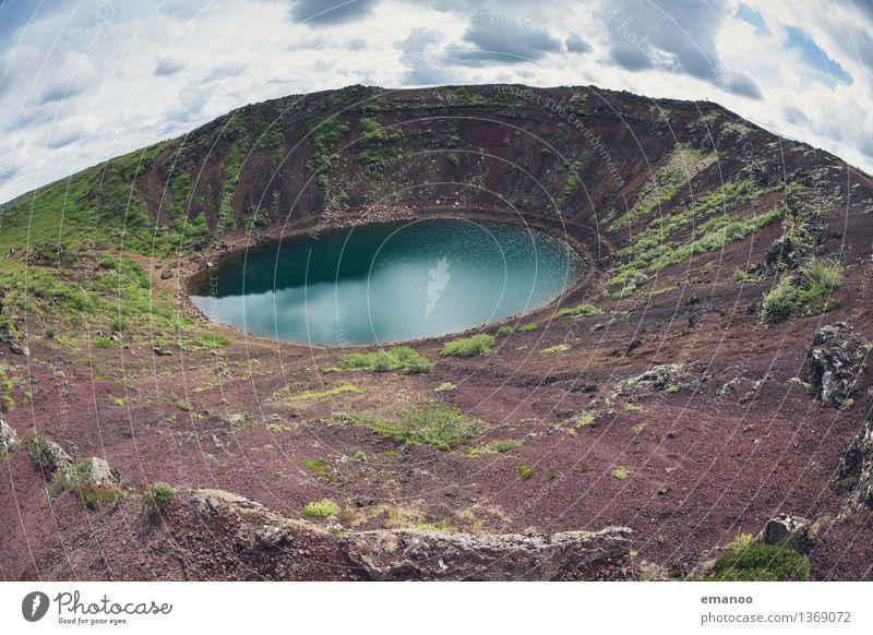 Kerið Ferien & Urlaub & Reisen Tourismus Abenteuer Berge u. Gebirge wandern Umwelt Natur Landschaft Urelemente Erde Himmel Wolken Wetter Moos Hügel Felsen
