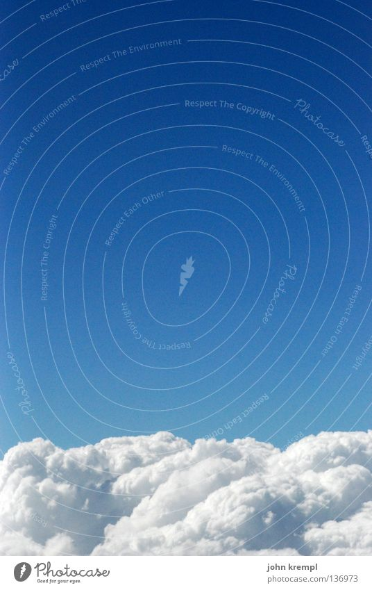 ruhe sanft Himmel blau Himmel (Jenseits) schön weiß ruhig Wolken Erde Horizont Luftverkehr hoch Weltall Bett himmlisch kuschlig