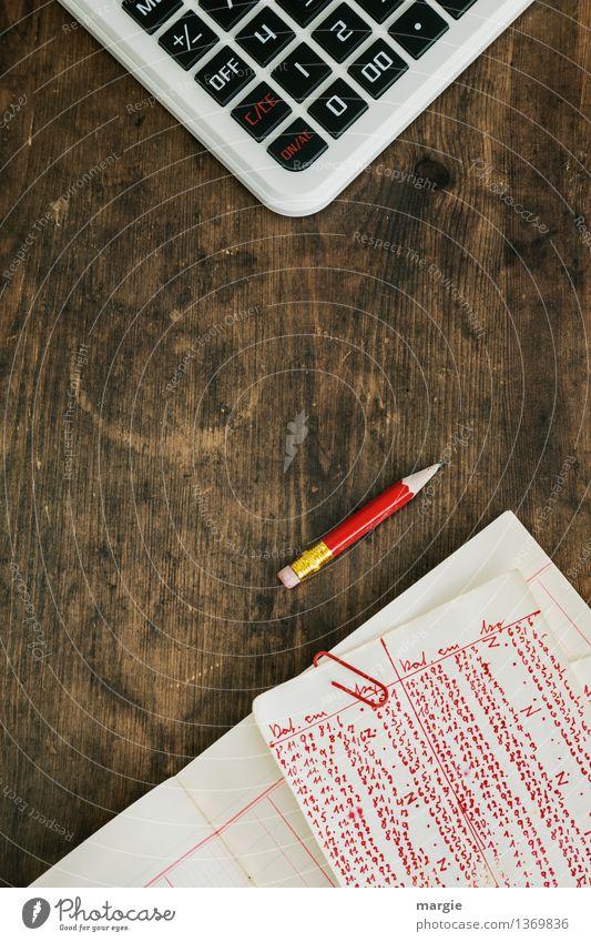 Rote Zahlen III rot Holz braun Business Arbeit & Erwerbstätigkeit Büro Schriftzeichen Studium Zeichen Ziffern & Zahlen schreiben Beruf Geldinstitut Wirtschaft