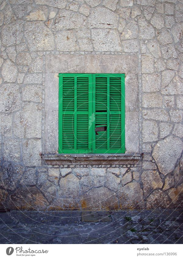 Siesta grün Ferien & Urlaub & Reisen ruhig Haus dunkel Erholung grau Stein Mauer Gebäude schlafen geschlossen Sicherheit Romantik Schutz Ladengeschäft