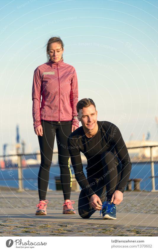 Paare in der Eignung-Kleidung bereit zum Training im Freien Mensch Frau Jugendliche Mann 18-30 Jahre Erwachsene feminin Sport Lifestyle