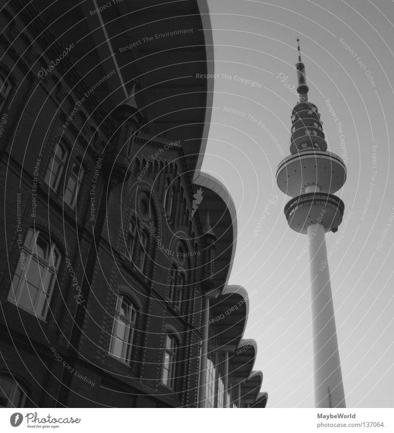 Telemichel alt Architektur modern Hamburg neu Turm Dach historisch Wahrzeichen Gegenteil Bogen Funktechnik Telekommunikation Funkturm Messehalle