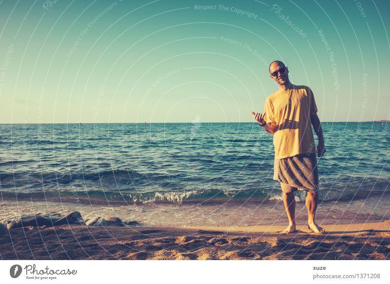 Alles in trocknen Tüchern Mensch Ferien & Urlaub & Reisen Jugendliche Mann Sommer Meer Junger Mann Freude Strand 18-30 Jahre Erwachsene Leben lustig Küste Lifestyle Mode