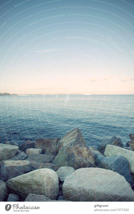 stoned Umwelt Natur Landschaft Urelemente Erde Wasser Himmel Sonne Wetter Schönes Wetter Wellen Küste Strand Meer ästhetisch natürlich Sauberkeit Stein steinig