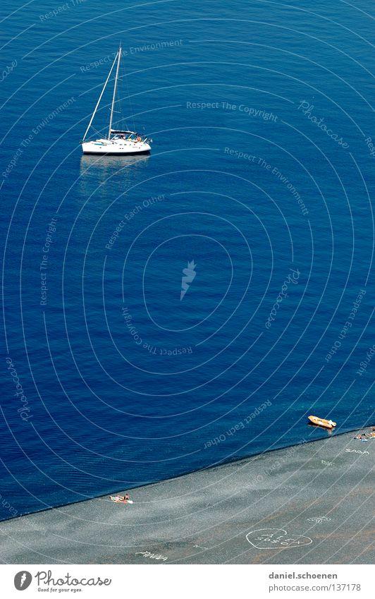 mein Strand, mein Boot; mein Meer, mein.... Segelboot Segeln Einsamkeit Wellen Vogelperspektive Ferien & Urlaub & Reisen Sommer Fernweh Küste Korsika weiß