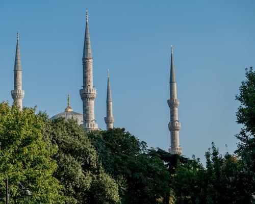 Minarette 1 Ferien & Urlaub & Reisen Himmel (Jenseits) grün Baum Architektur Gebäude Religion & Glaube Stein Tourismus hoch Zeichen Turm Ziel Bauwerk