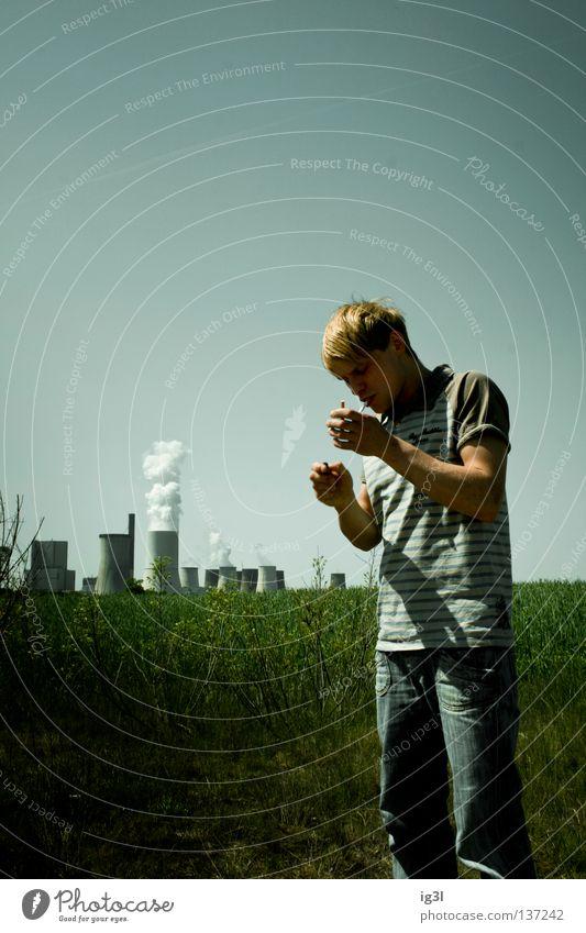 6f Himmel Mann Jugendliche Pflanze Einsamkeit Erholung Wiese Freiheit Stimmung Arbeit & Erwerbstätigkeit Feld Freizeit & Hobby Nebel Täuschung Lifestyle kaputt