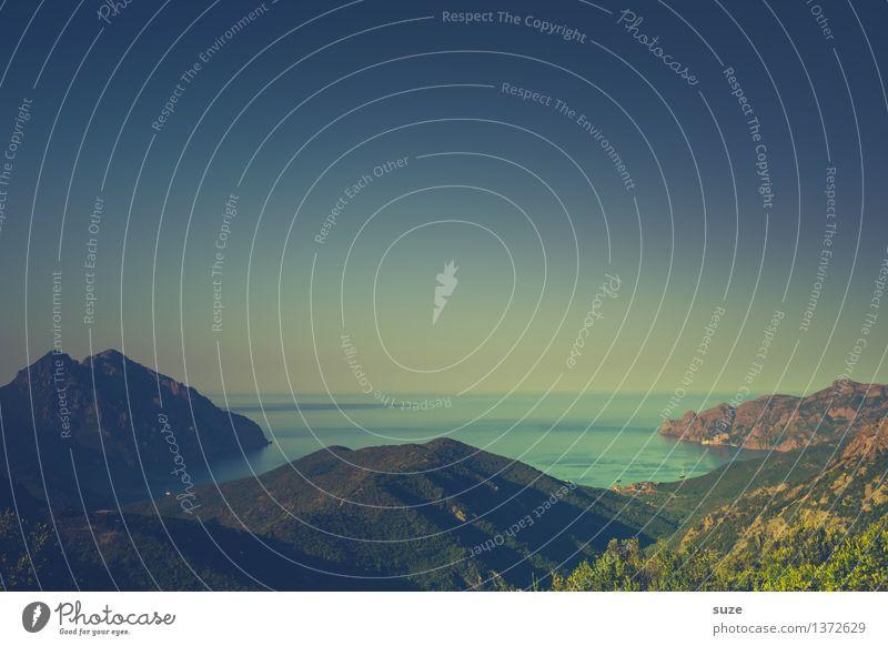 Einfach weg. Egal wohin ... Himmel Natur Ferien & Urlaub & Reisen schön Meer Landschaft Einsamkeit ruhig Reisefotografie Berge u. Gebirge Küste Freiheit träumen