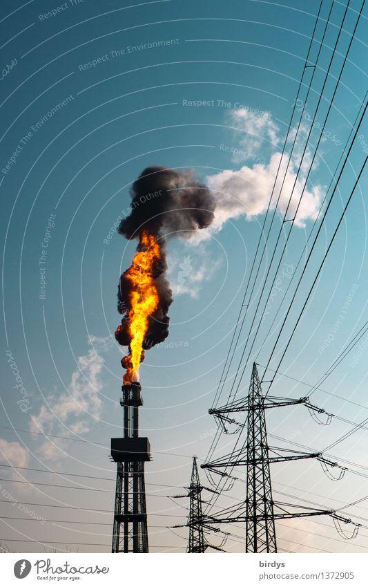 and it burns burns burns... Himmel blau schwarz orange Energiewirtschaft dreckig Technik & Technologie gefährlich Klima bedrohlich Industrie Schönes Wetter
