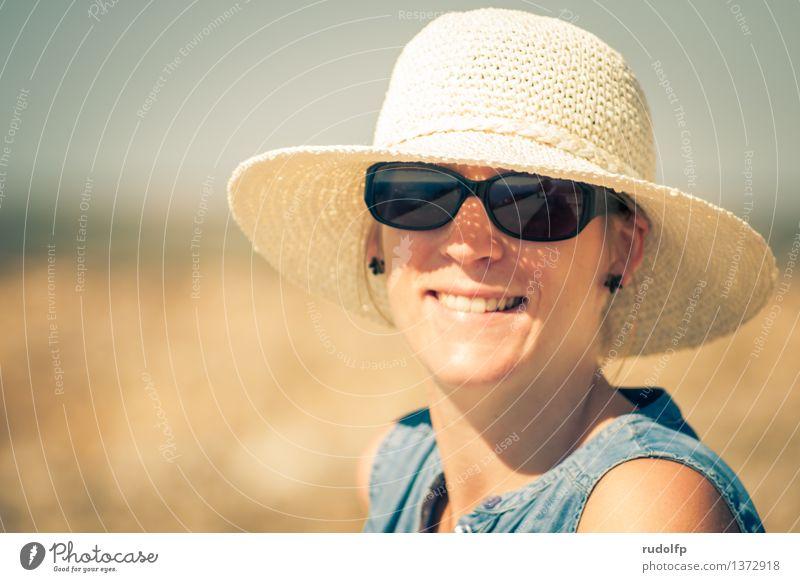 summerfeelings Leben harmonisch Wohlgefühl Zufriedenheit Erholung Ferien & Urlaub & Reisen Tourismus Ausflug Sommer Sommerurlaub Sonne feminin Junge Frau