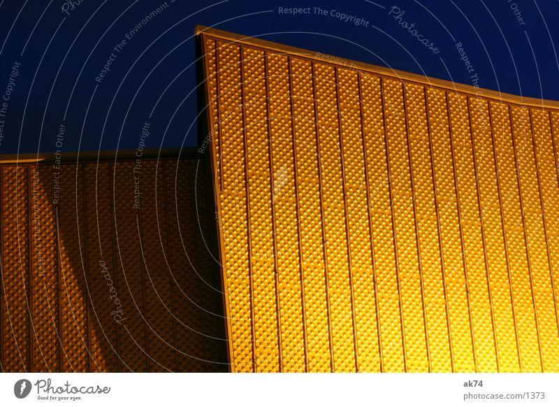 Gold gelb Berlin Beleuchtung Architektur gold Berliner Philharmonie