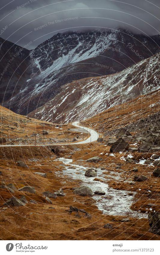 Bond Natur Landschaft dunkel Berge u. Gebirge Umwelt Straße Herbst außergewöhnlich Tourismus Wetter Klima bedrohlich Alpen Unwetter Sturm Schweiz
